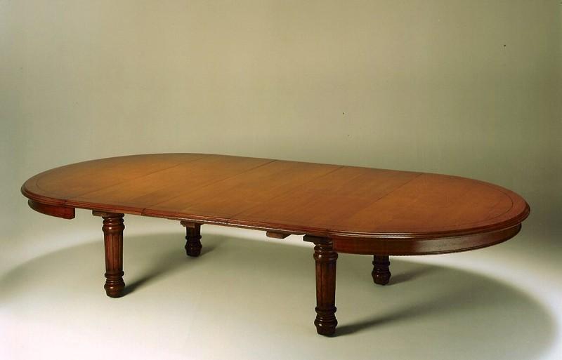 Tavolo Da Pranzo Rotondo : Grande tavolo da pranzo rotondo di rovere tavoli da pranzo mobili
