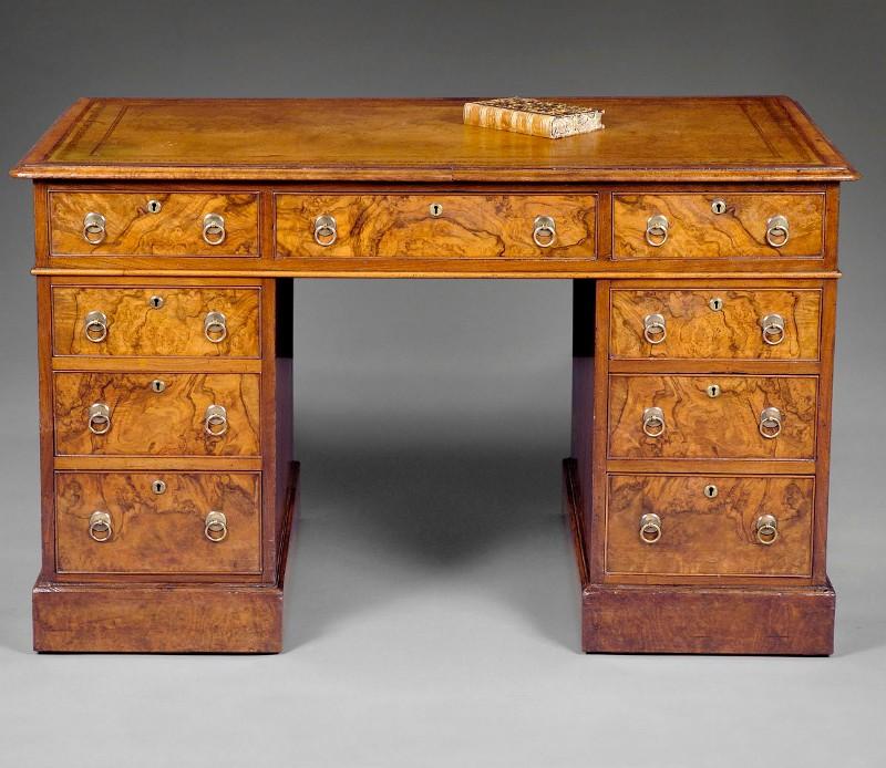 Scrivania in radica di noce - tavoli scrittoi e scrivanie - mobili