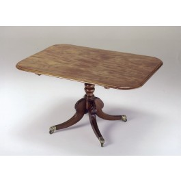 Breakfast table in mogano con patina originale