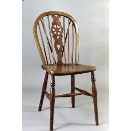 "Set di 4 sedieSet di quattro sedie in rovere ""Windsor"""